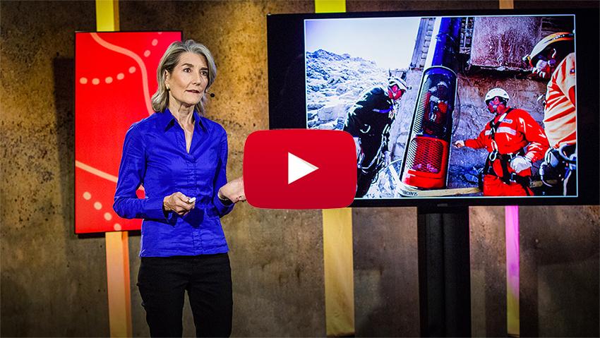 Charla TED: «Cómo convertir a un grupo de extraños en un equipo»
