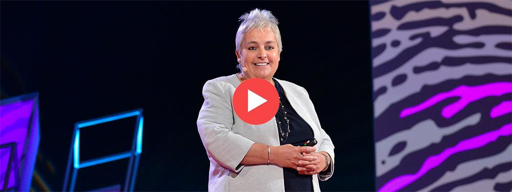 Charla TED: «Acompañar la soledad: la mejor manera de ayudar es sólo escuchar»