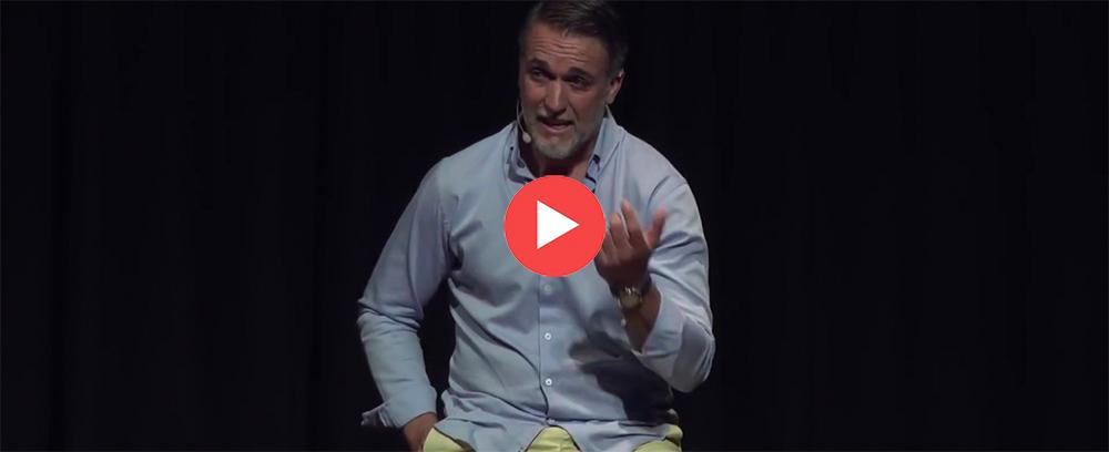 Charla TED: El poder de la disciplina, según Batistuta