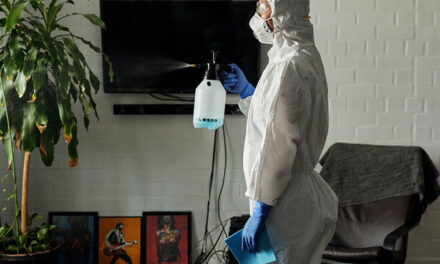 """Cuidado con el """"teatro de la sanitización"""": la higiene profunda podría darnos una falsa sensación de seguridad"""