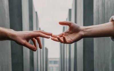 Debemos aprender a pedir ayuda en el trabajo: las personas pueden ser más generosas de lo que creemos