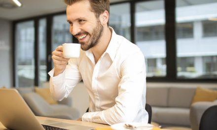 Los líderes divertidos inspiran admiración: descubre cómo usar tu sentido del humor (sin necesidad de volverte comediante)