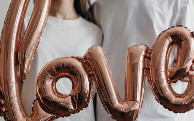 """Conoce los 5 """"Lenguajes del Amor"""". Encontrar el tuyo podría hacer que tus conexiones emocionales sean mucho más satisfactorias"""