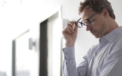 4 simples ideas para hacer frente al estrés laboral, de manera rápida y eficaz