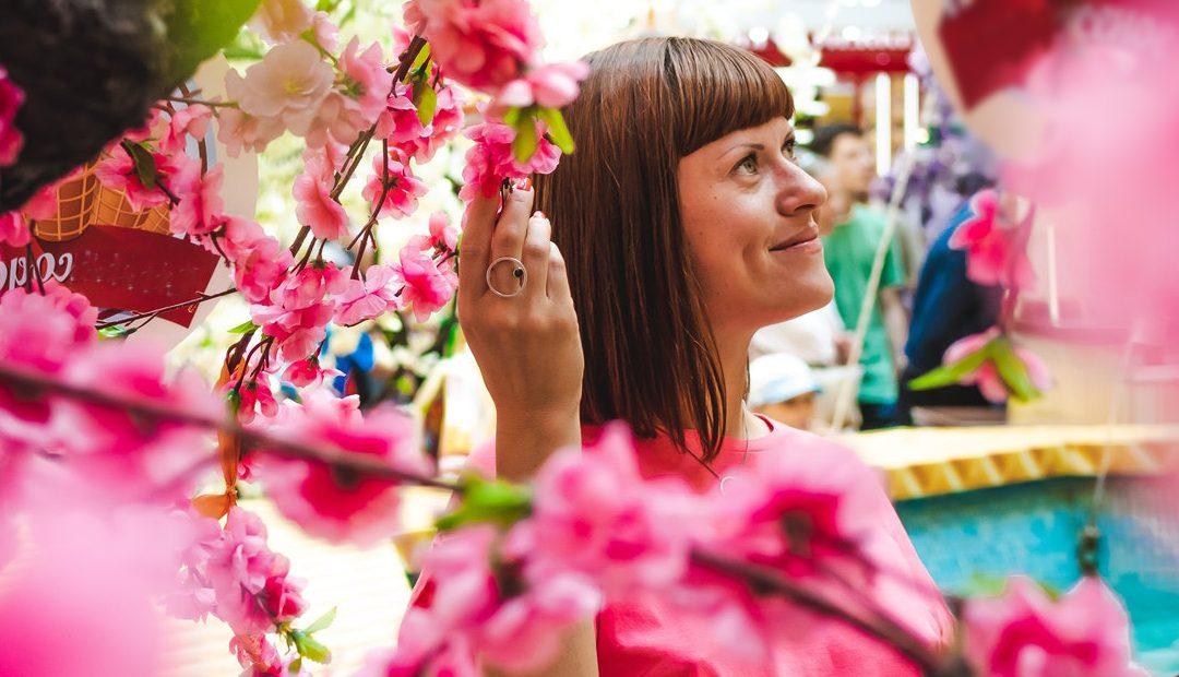Todos podemos marchitarnos o volver a florecer: 6 trucos para volver a enamorarnos de la vida